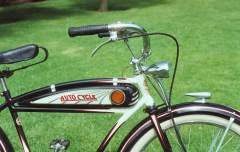 1938 Schwinn Autocycle BU 3.jpg