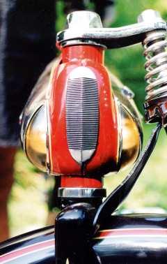 1940 Huffman Twinflex Mint 3.jpg