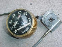 Stewart Warner Golden Meteor Speedo.jpg