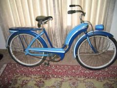 1941 Colson Bullnose girly blue 1.jpg