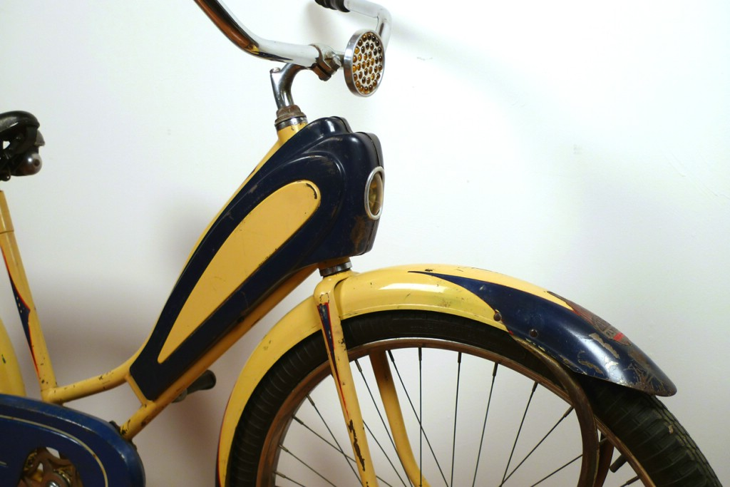 1939 Shelby Airflow Picture 4 Dave S Vintage Bicycles