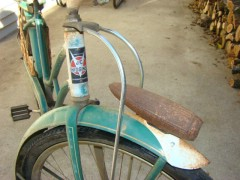 bettys bike 002.JPG