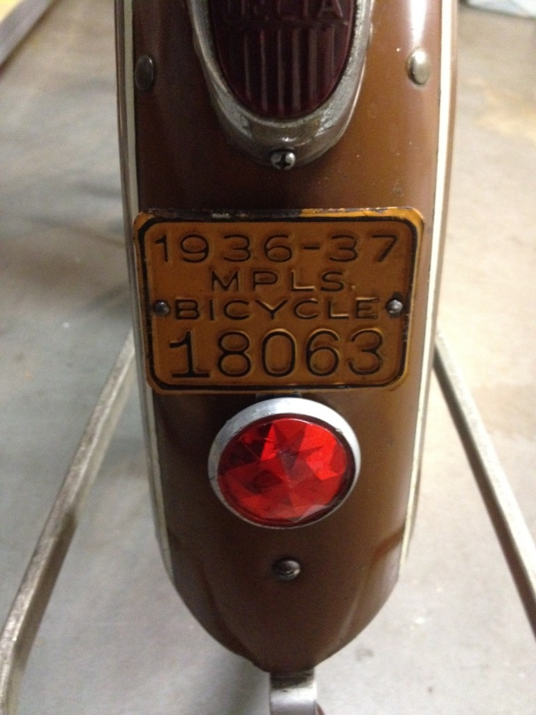 1936 Mead Ranger - reflector and license plate